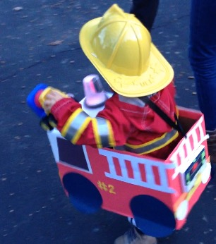 How to Make a Fire Truck Halloween Costume from a Diaper Box