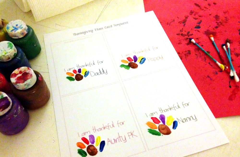 Thanksgiving Place Cards Kids Can Make with free printable