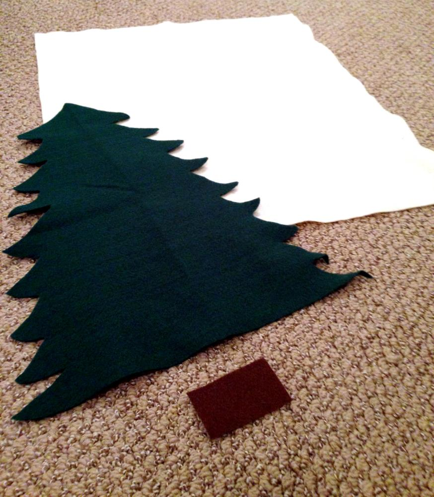 Making the Felt Tree for the DIY Advent Calendar