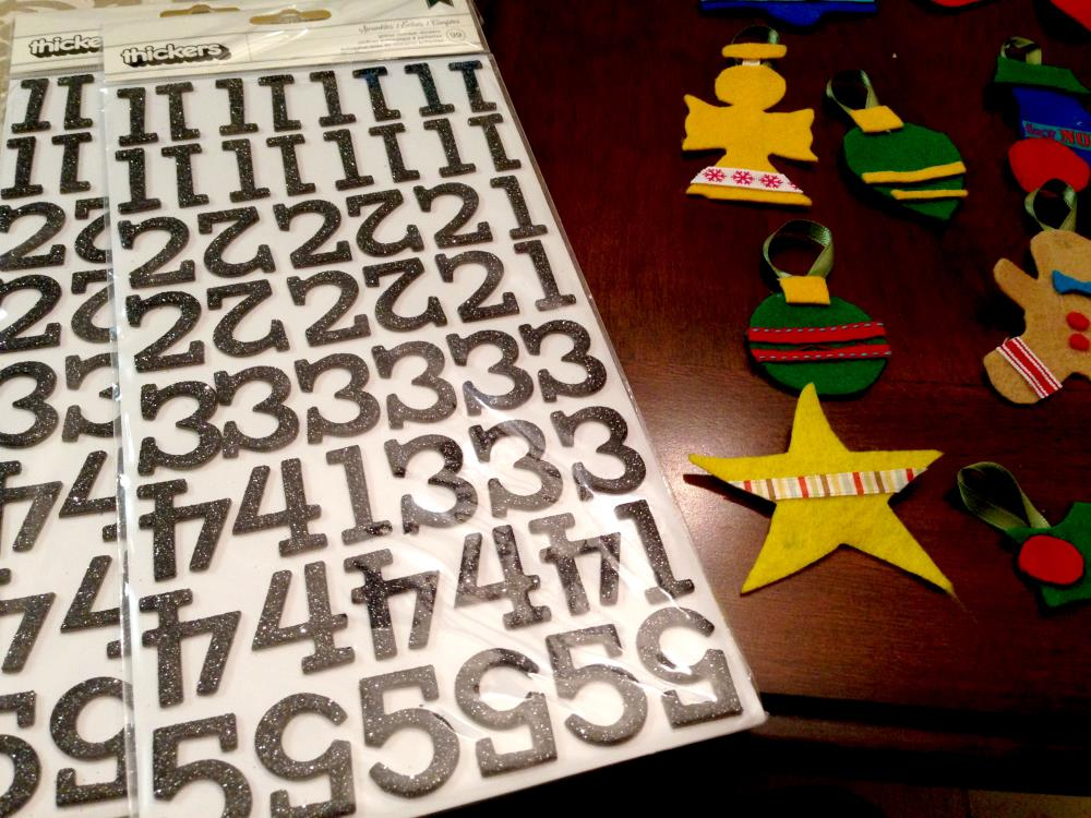 Using stickers for DIY Advent calendar numbers