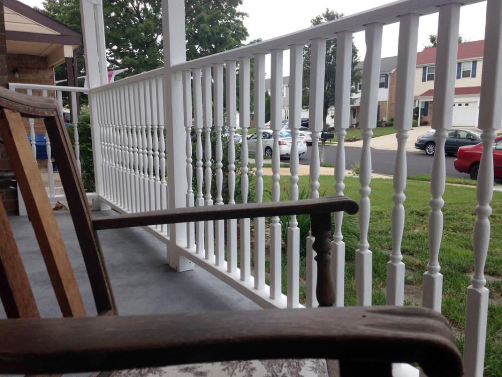 How to Easily Install Railings on the Porch