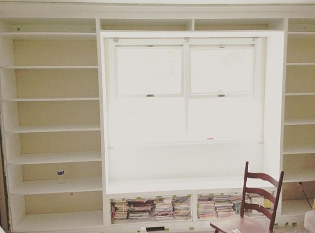 Building a Bookshelf with a Window Seat - DIY Summer Projects