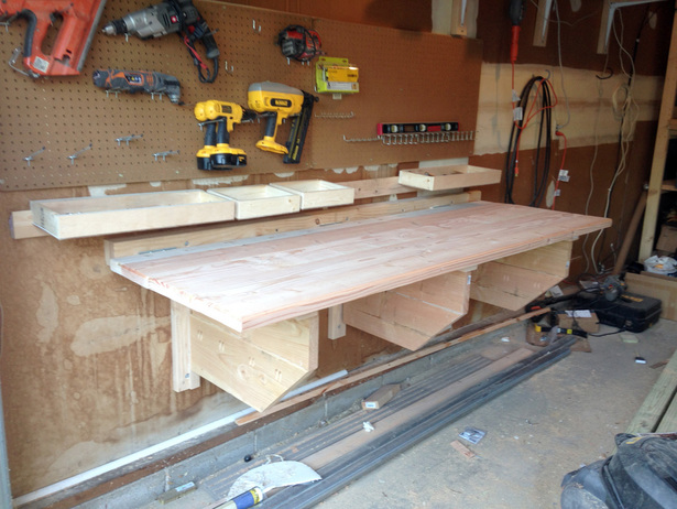 6 Weekend DIY Projects - Folding Workbench