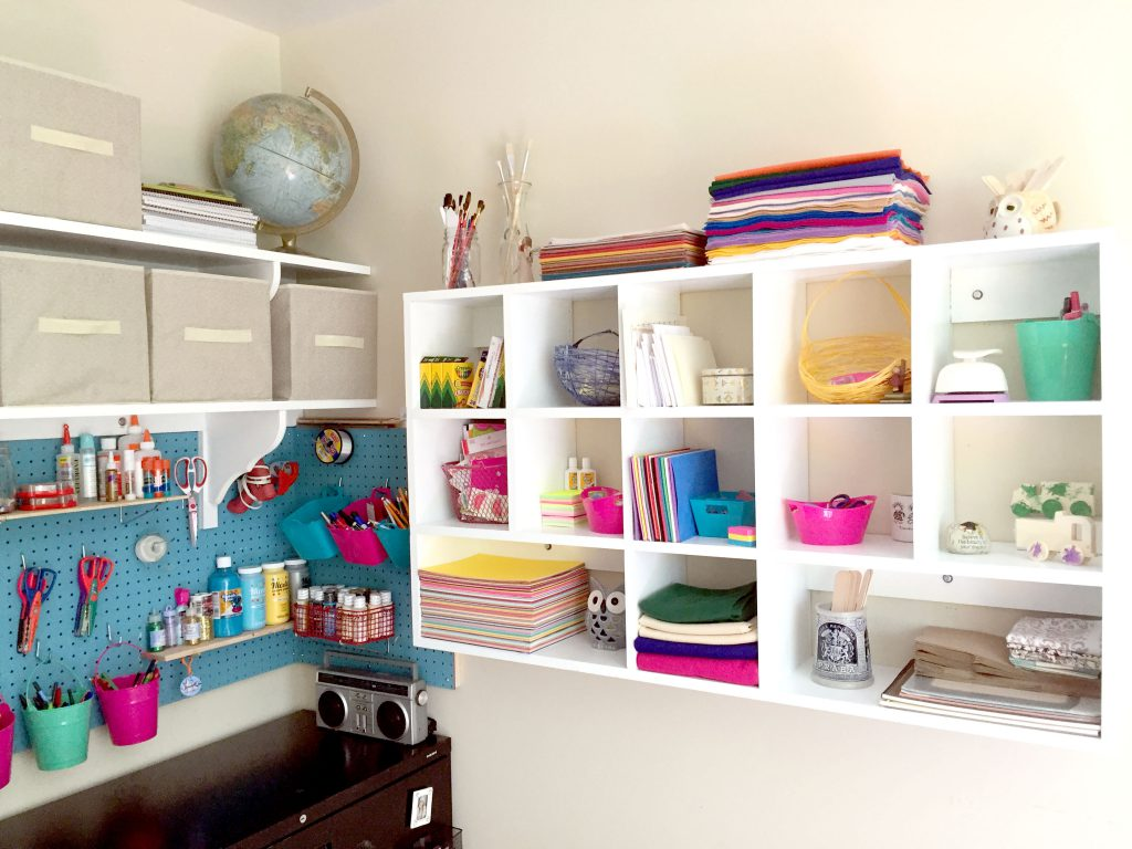 DIY Craft Room Storage - Lots of Ideas with free printables