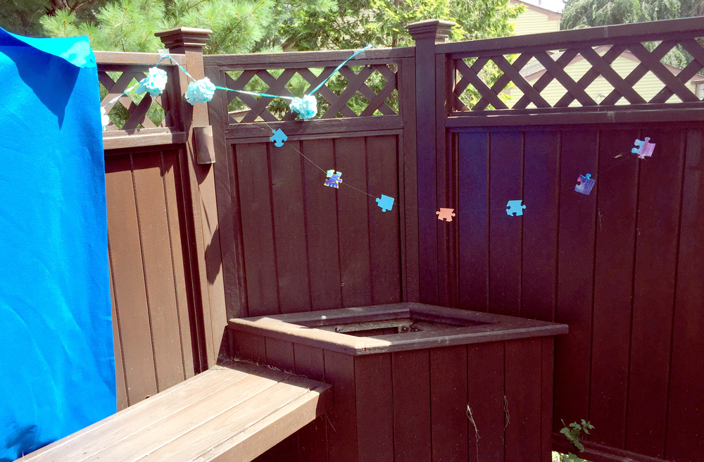 Decorating Parties with Puzzle Piece Strings