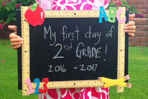 Easy First Day of School Sign