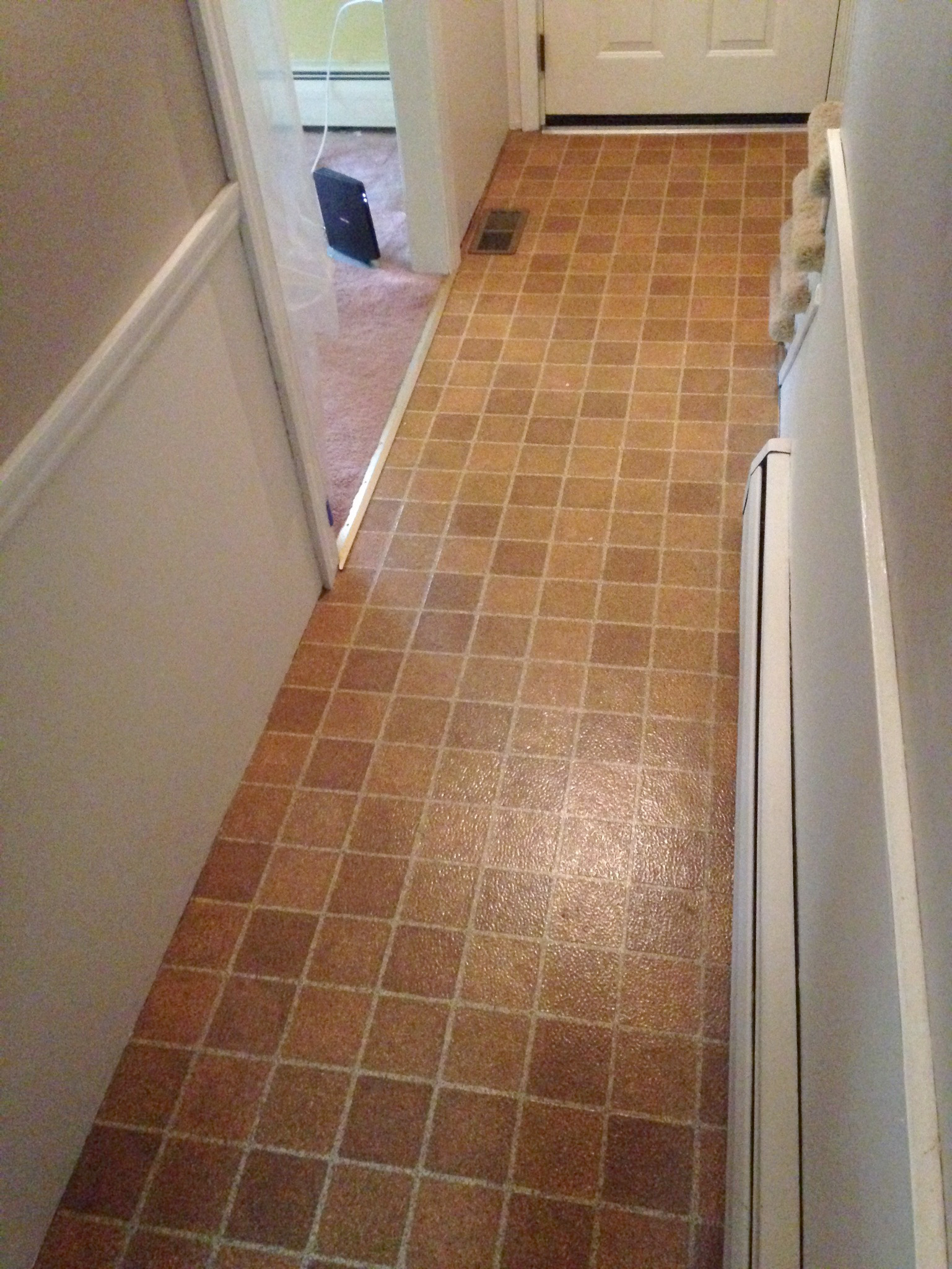 Removing Tiles and Installing Laminate Flooring