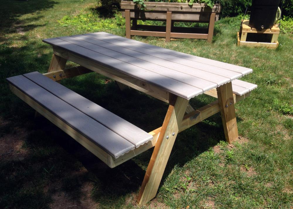 building a composite decking picnic table
