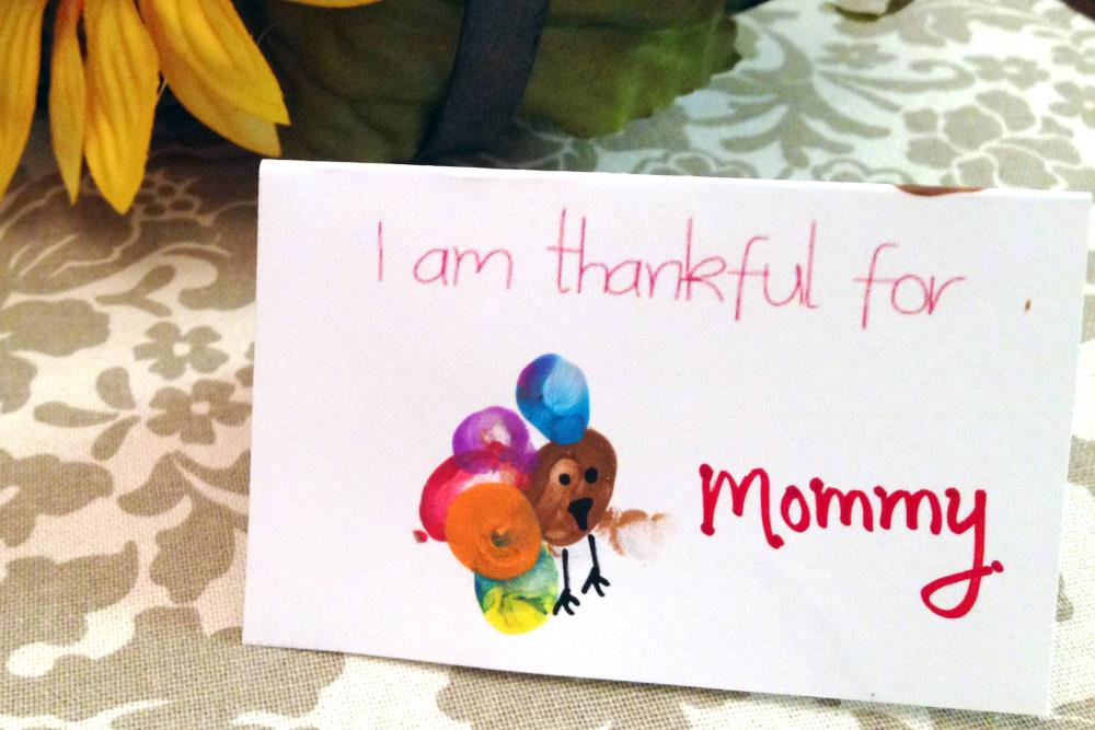 Thanksgiving Place Cards that Kids Can Make with Free Printables