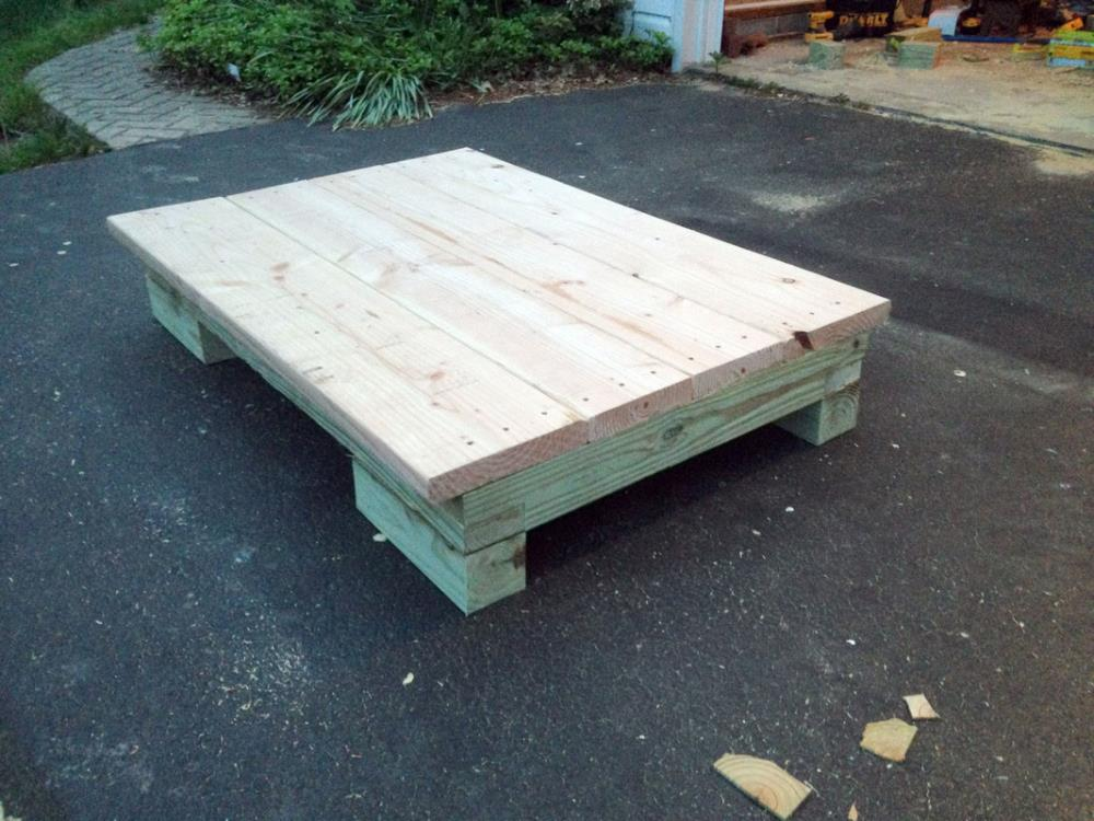 how to build the floor of a DIY garden utility cart