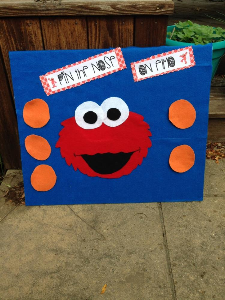 Pin the Nose on Elmo - Amazing Sesame Party Games