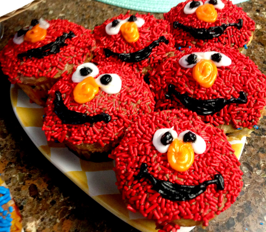 Homemade Elmo and Cookie Monster Cupcakes DIY Sesame Street Desserts