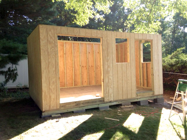 Building a shed by yourself - installing shed siding