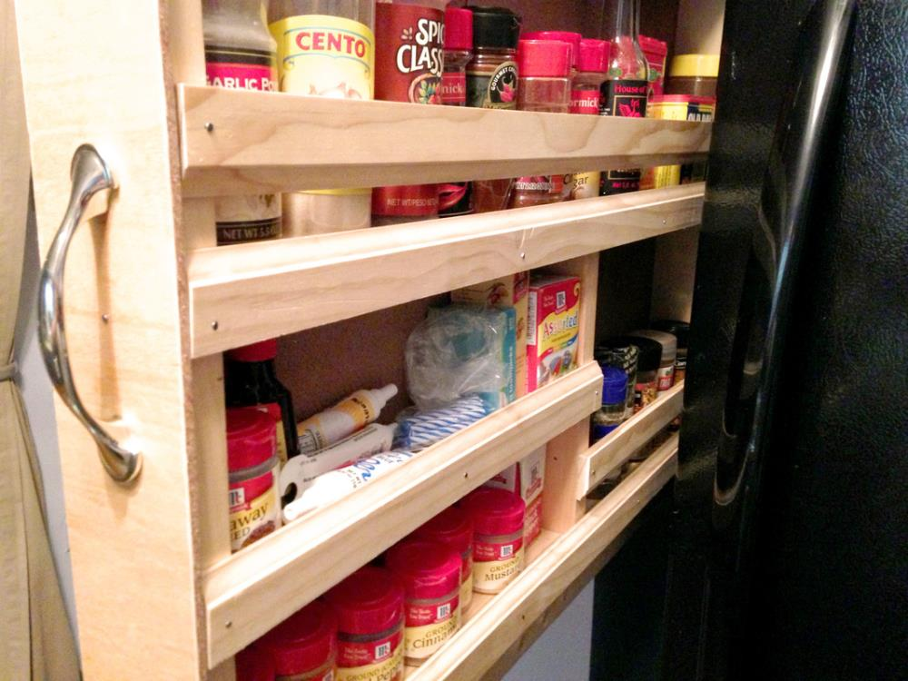 How to Build a Space-Saving Spice Rack