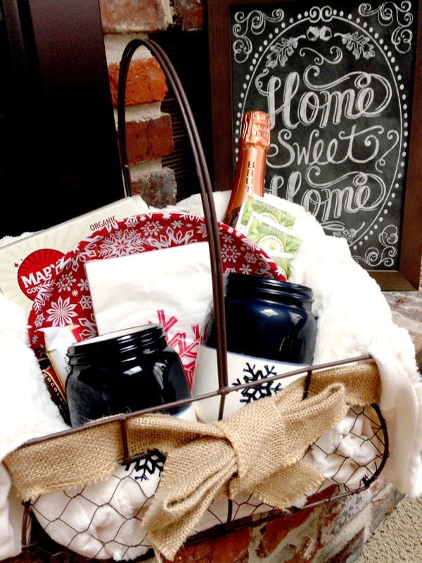 DIY Indoor Winter Picnic Basket - perfect gift idea for couples or families