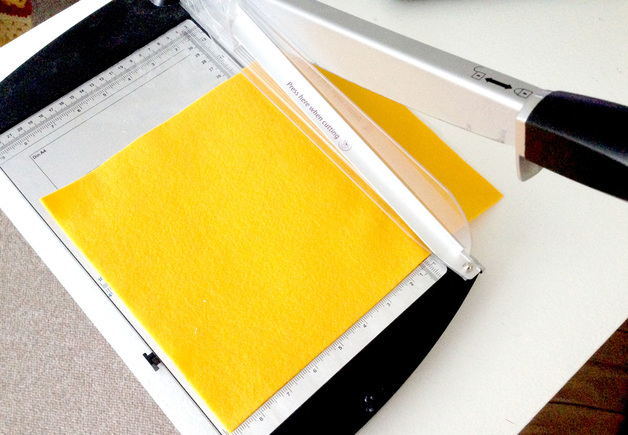 Cutting Felt with a Paper Cutter - Tricks for Making a Hopscotch Mat out of Felt
