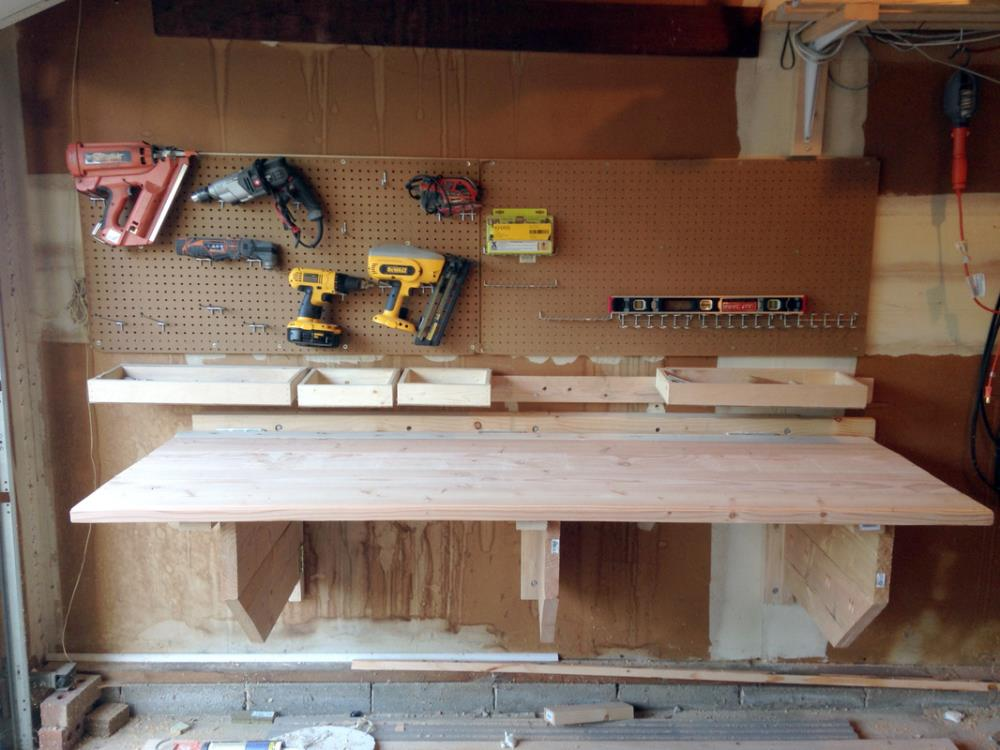 How to Build a Workbench that Folds