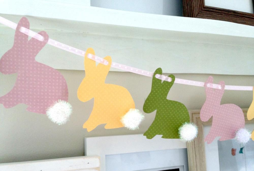 Easy Easter Banner with free printables