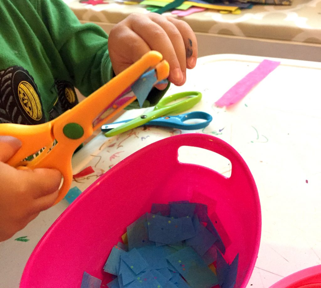 Perfect Kids Craft that Turns out Amazing - Tissue Paper Suncatchers
