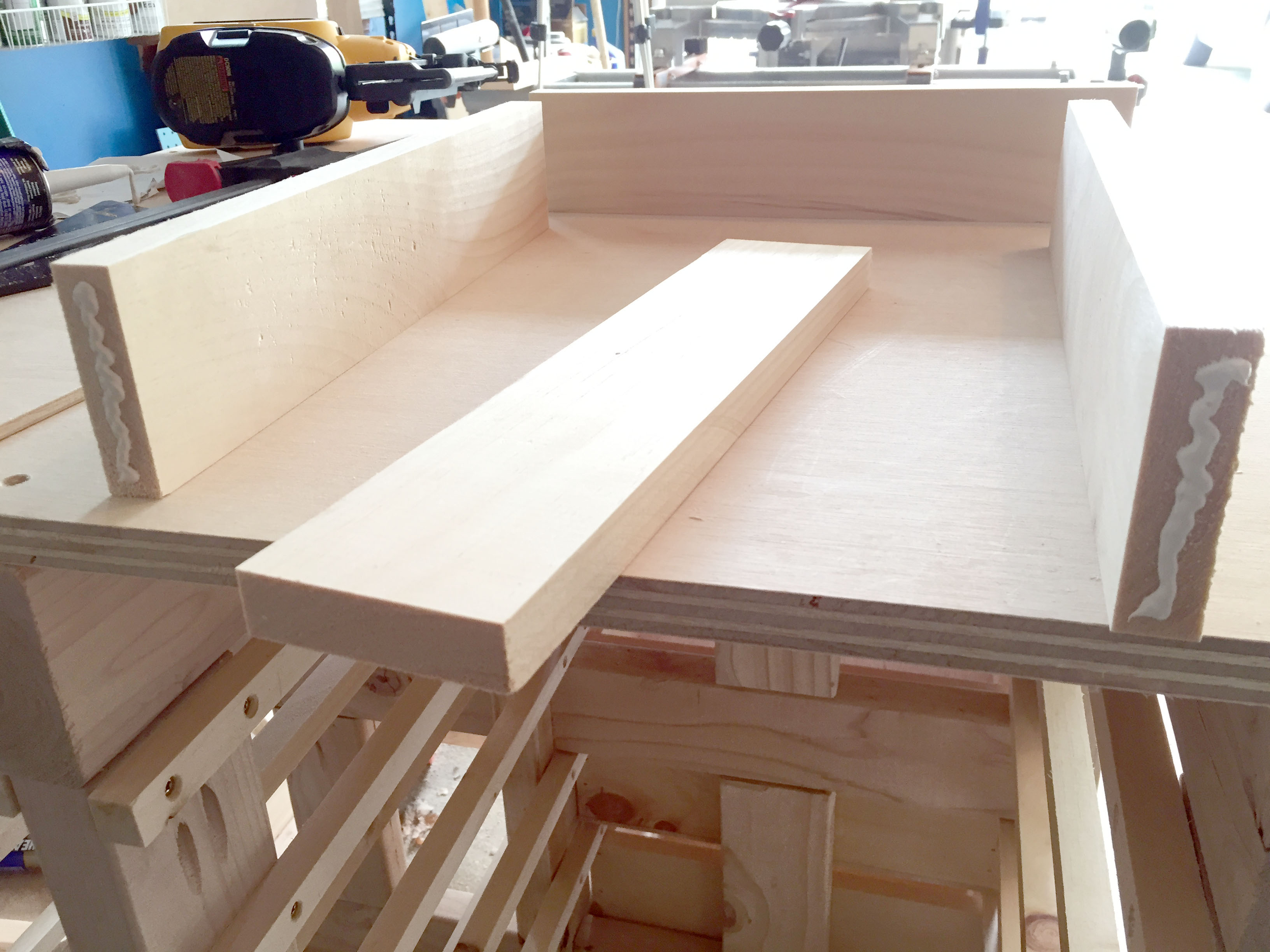 Assembling the Drawer Board Sides to Build Basic Drawers
