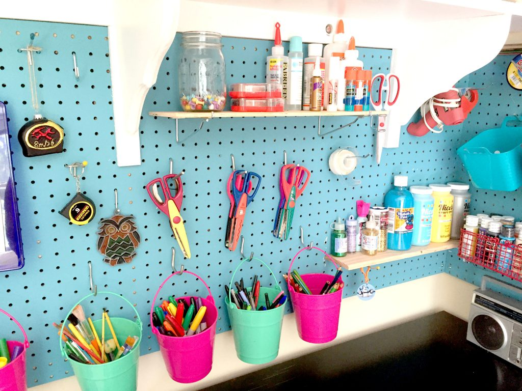 Using Pegboard to Organize Craft Supplies - No more desk drawers! Free printables