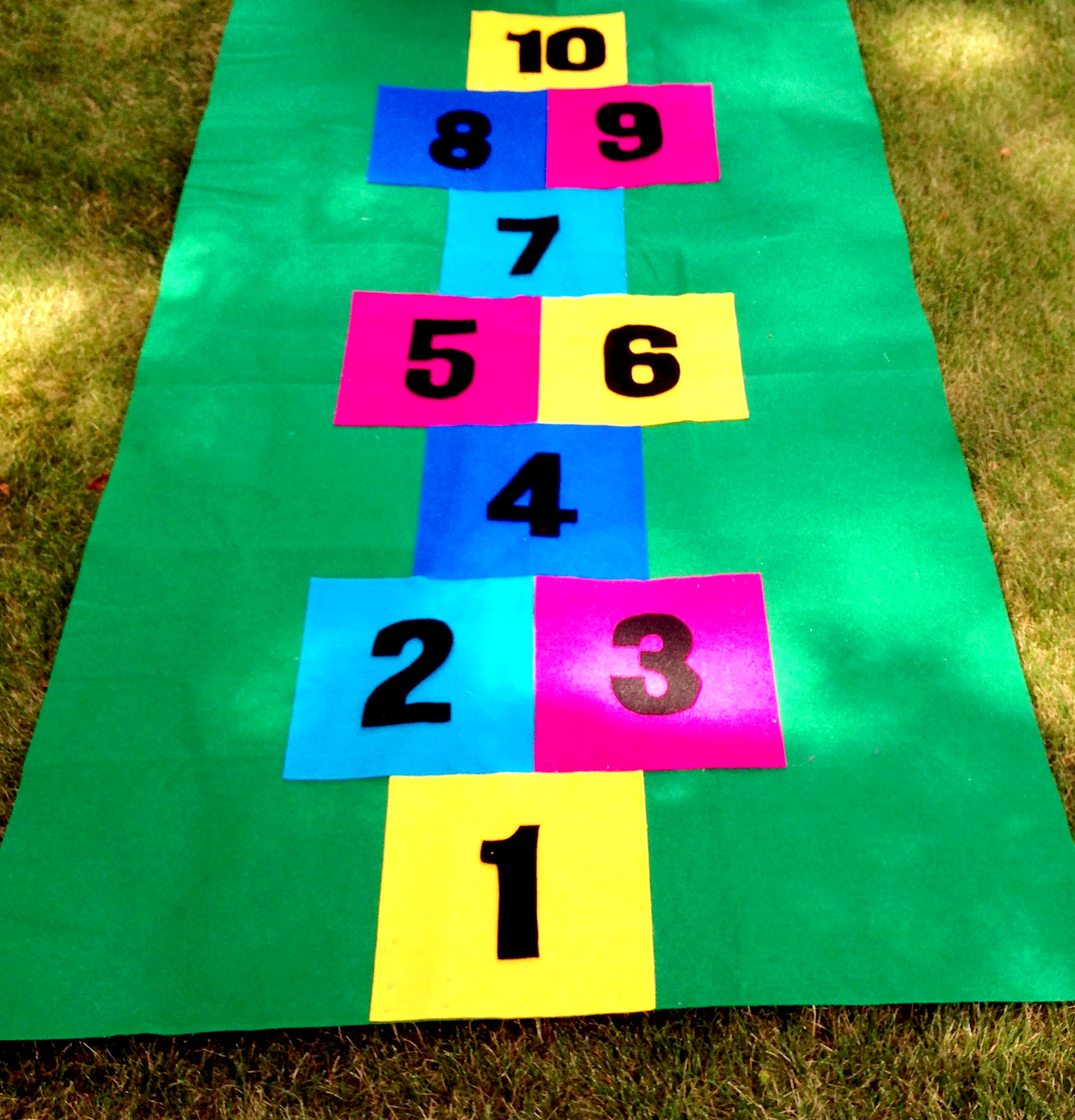 How to Make a Homemade Hopscotch Mat