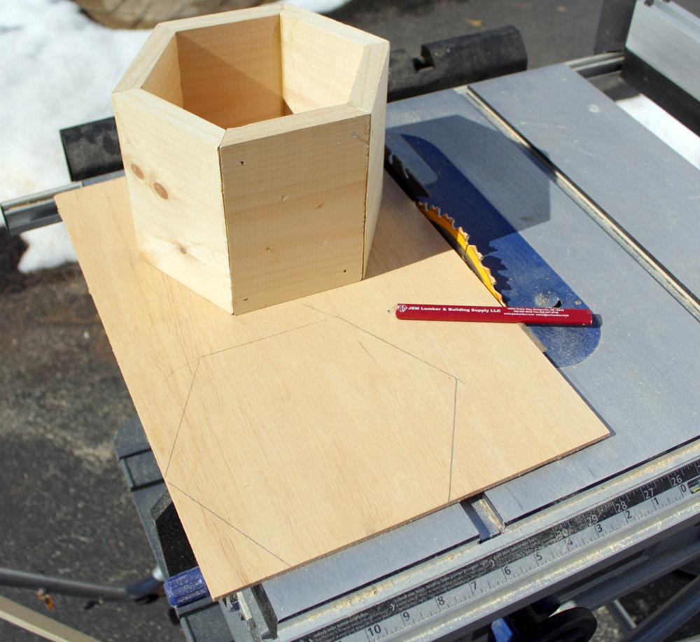 How to Make a Wooden DIY Planter Garden Box