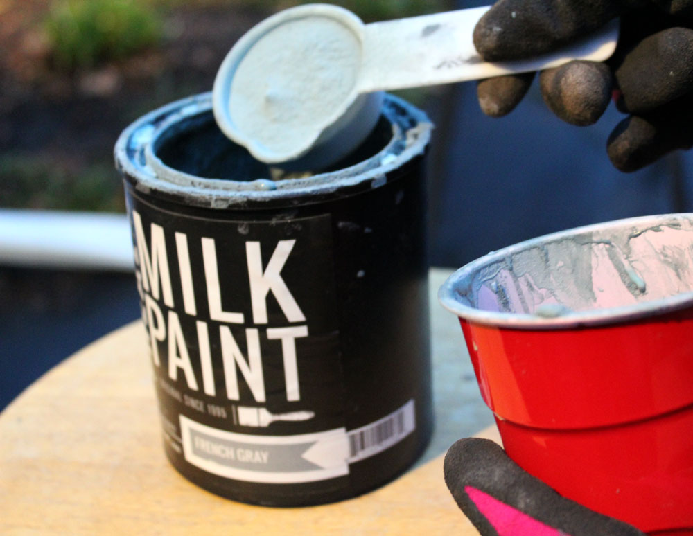 How to mix milk paint powder in French Gray