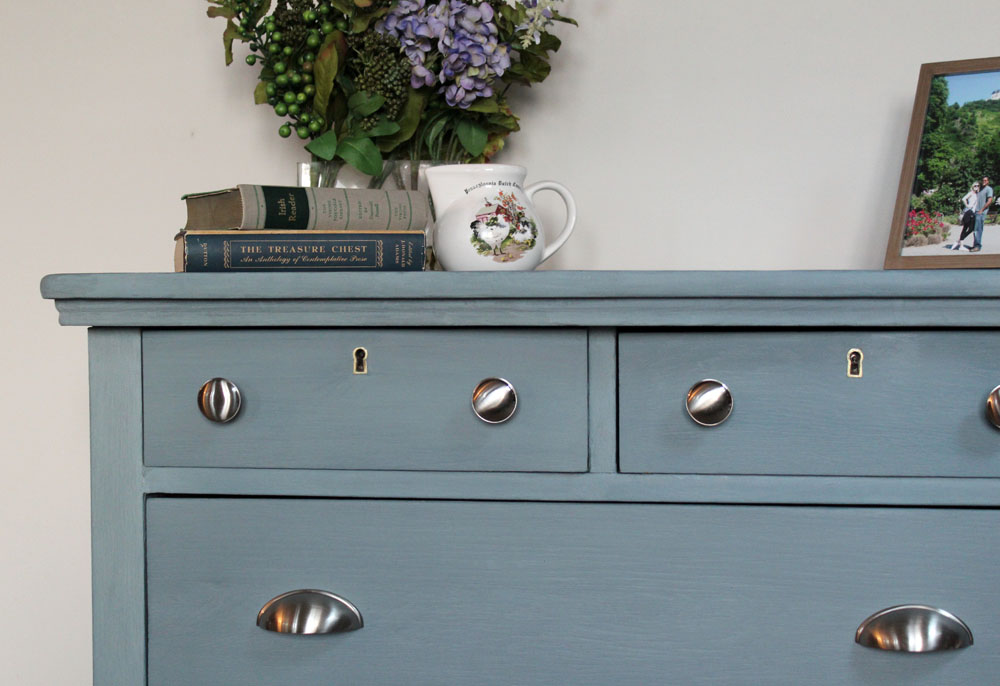 How To Use Milk Paint On A Dresser, How Do You Milk Paint Furniture
