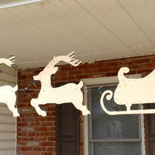 Hanging Santa Sleigh and Reindeer DIY yard decor