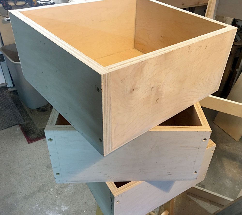 How to make homemade drawers for an entryway bench