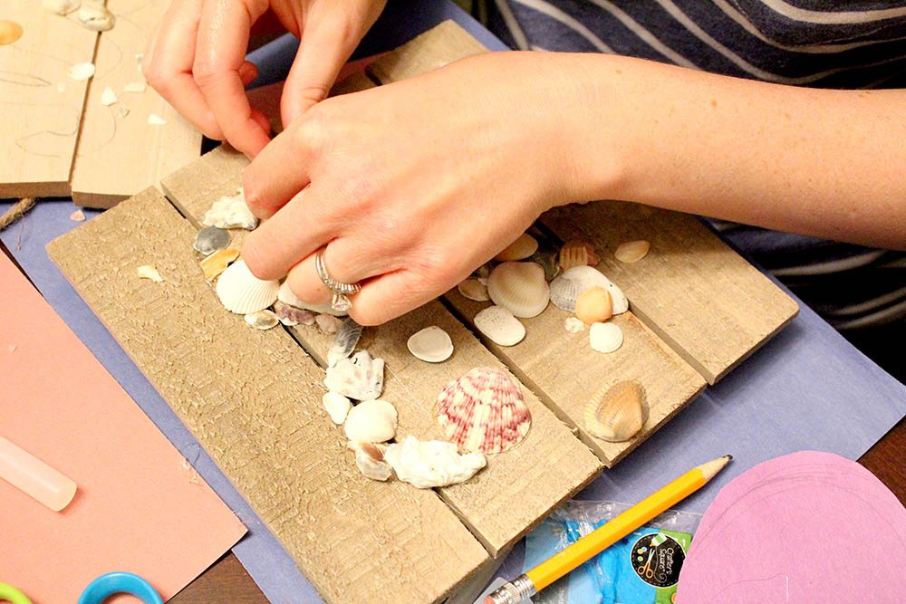 Seashell wall art ideas for crafts